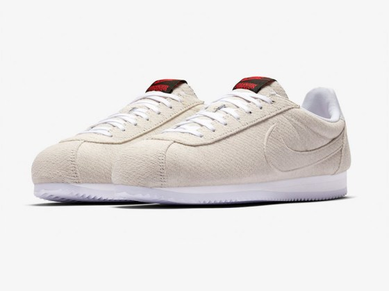 Stranger Things x Nike Cortez ''Upside Down''