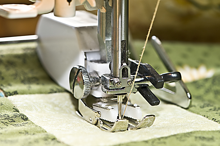 Walking foot for quilting