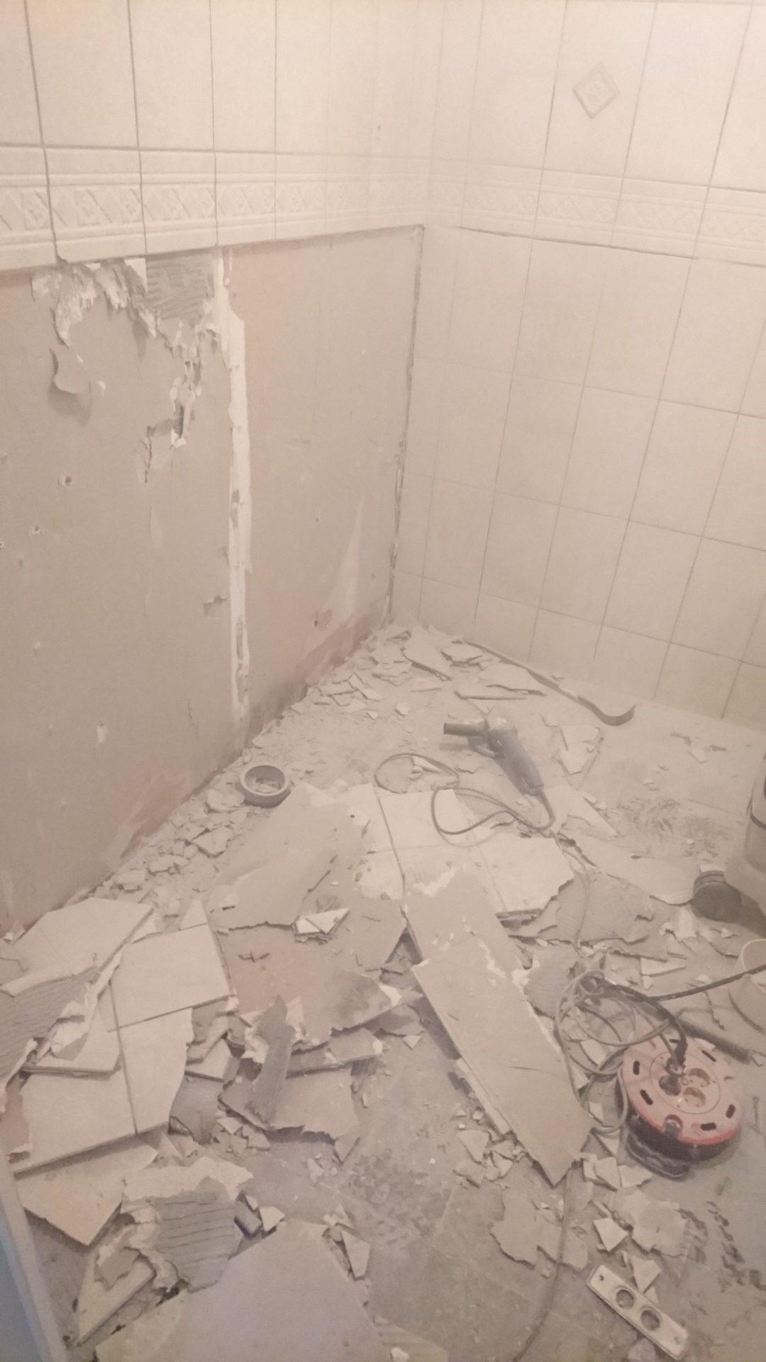 Renovera badrum i Norrtälje, rivning