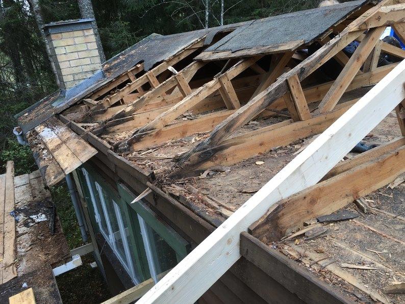 Byte av tak i Norrtälje av snickarna
