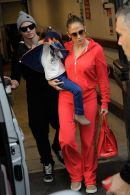 airport-style-jlo-tracksuit