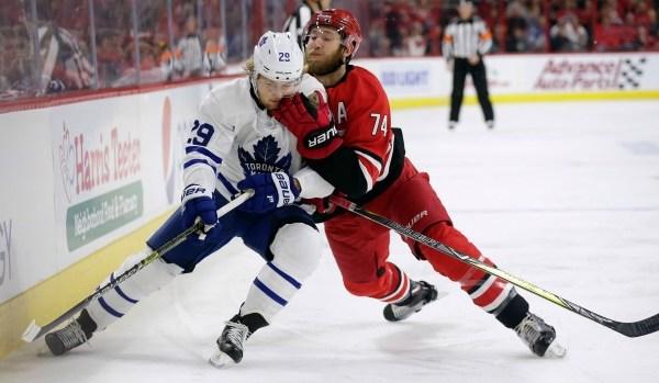 Maple Leafs vs Hurricanes