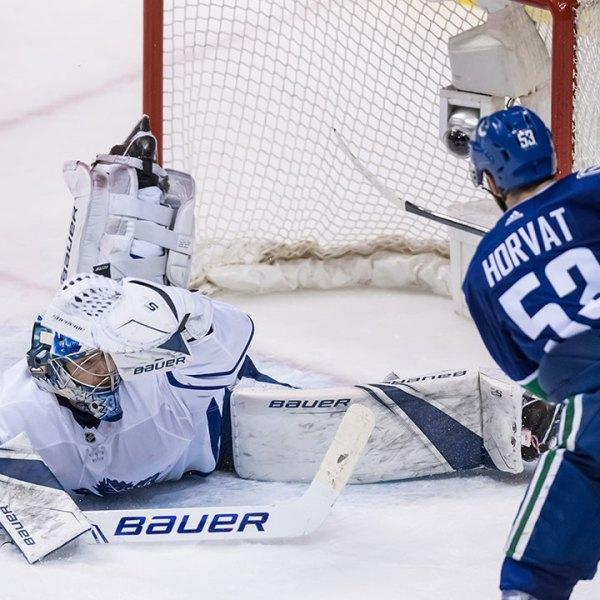 Maple Leafs vs Canucks
