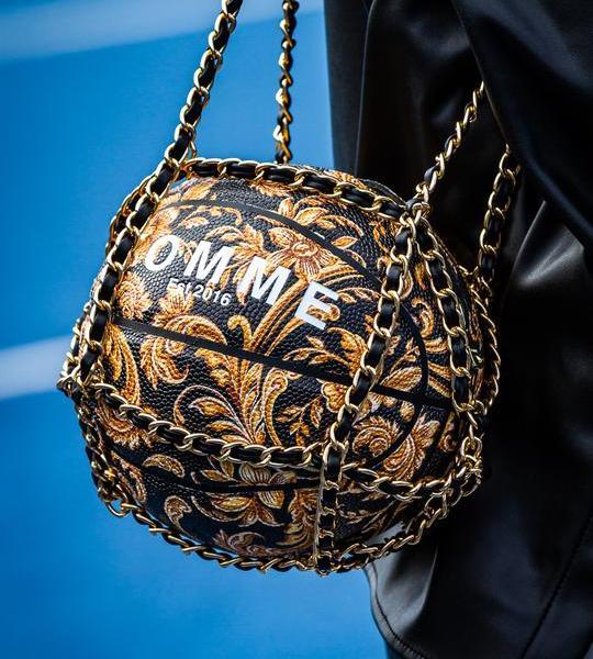 Barocco 3.0 Basketball Bag with original Tomme design