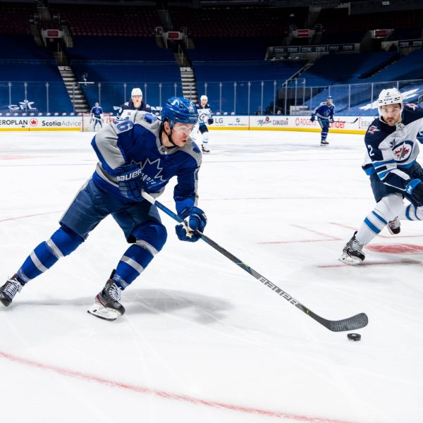 The Leafs drop a loss to the rising Jets