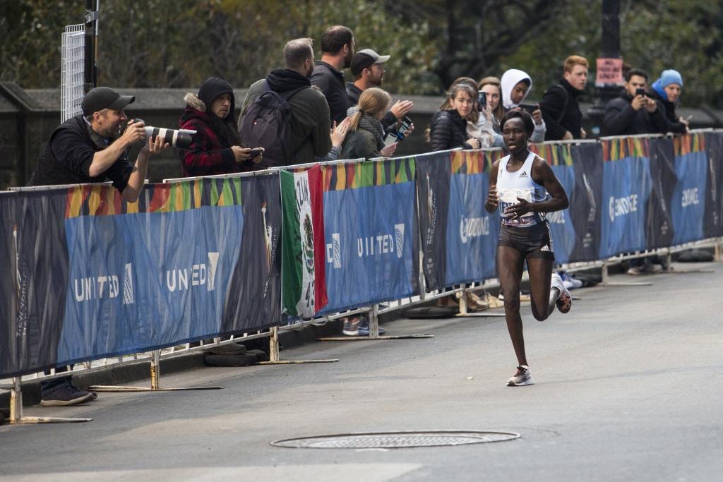 แมรี่ เคทานี เจ้าของสถิตินักวิ่งมาราธอนระดับโลกและนักกีฬาของอาดิดาส