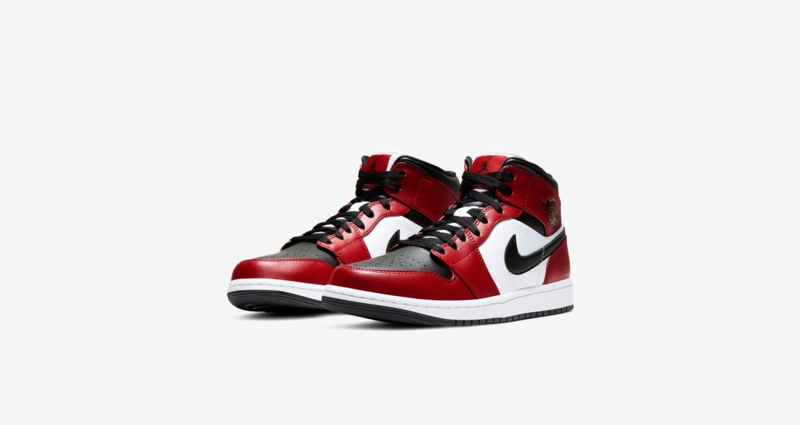 Air Jordan 1 Mid Chicago Black Toe Gym Red
