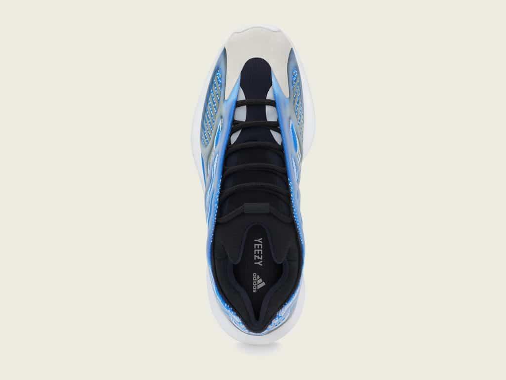 "adidas YEEZY 700 V3 ""ARZARETH"" วางจำหน่ายในไทย 29 สิงหาคมนี้"