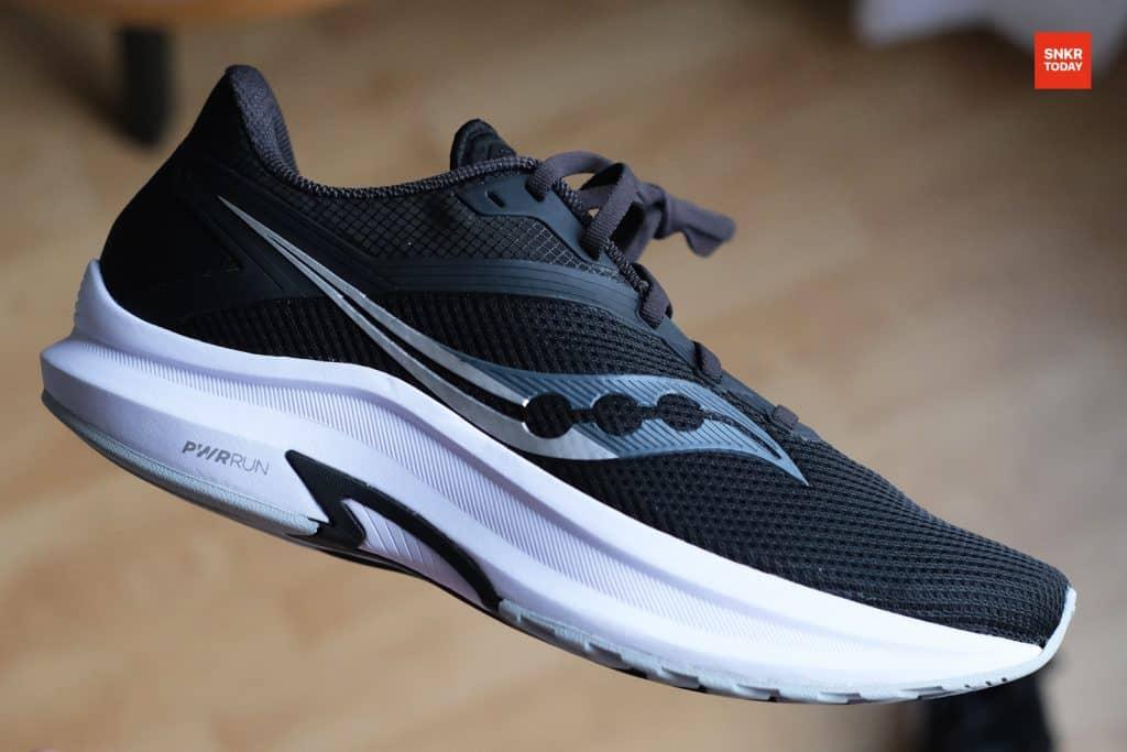 แกะกล่อง พรีวิว Saucony Axon รองเท้าวิ่ง Daily Trainer หนานุ่ม ราคาคุ้มค่า 3,450 บาท