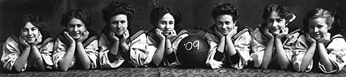 Girls Basketball Team 1909