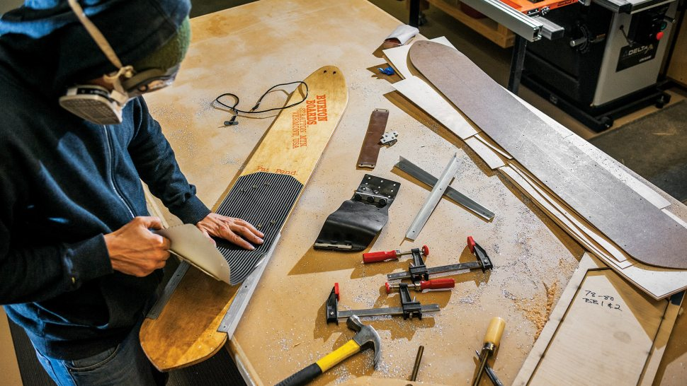 How A Counterfeit Vintage Snowboard Almost Sold For $21,700