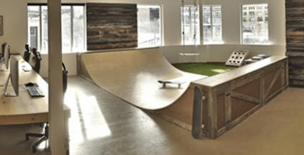 Une Rampe De Skate Dans Mon Bureau