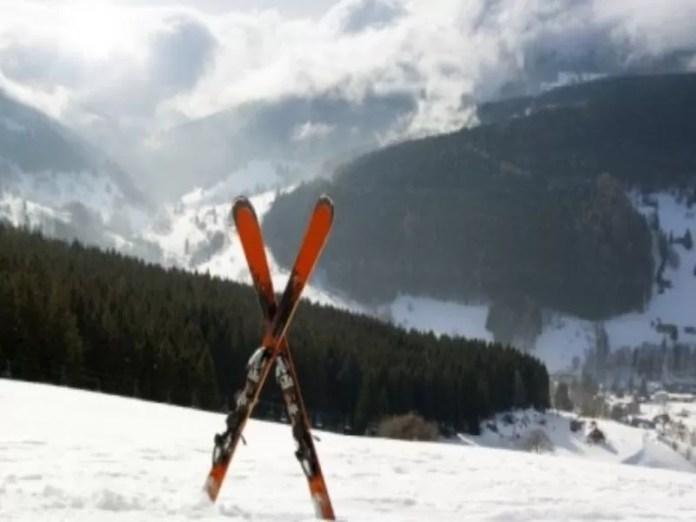 Signaal dat duidt op een ski-ongeluk