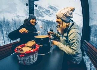Romantisch in de fonduegondel in Saas-Fee