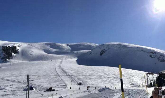 Zo ziet skiën op de gletsjer eruit. Kan het perfecter?