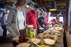 Bergfrühstück im Kapellrestaurant _ HochjochTotale (c) Stefan Kothner - Montafon Tourismus GmbH (1)