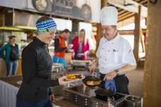 Bergfrühstück im Kapellrestaurant _ HochjochTotale (c) Stefan Kothner - Montafon Tourismus GmbH (2)