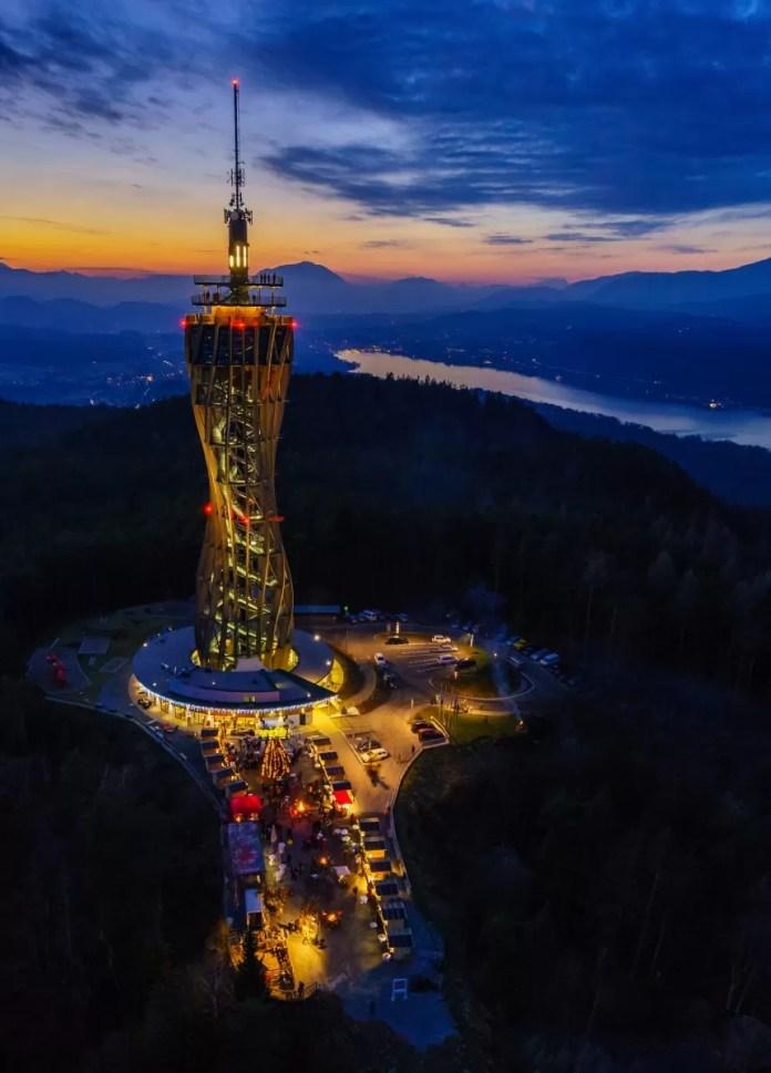 Toren met uitzicht Pyramidenkogel Fotograf: GertSTEINTHALER_KaerntenWerbung