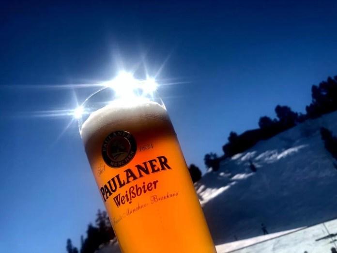 Een biertje kan, maar doe voorzichtig met bier en skiën