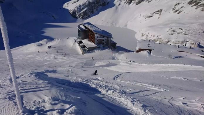 Hotel Rudolfshutte midden in de berg wereld