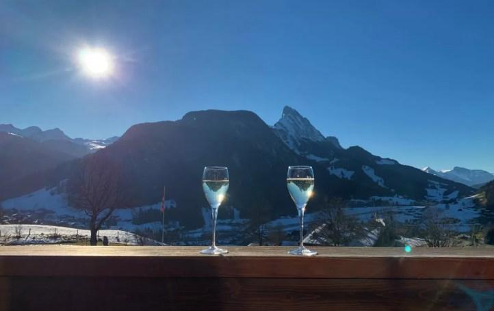 Een heerlijk uitzicht vanaf het terras van HUUS Hotel