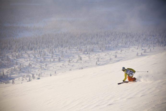 mint-tours_arctic-circle_sweden_ski