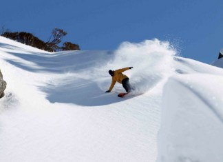 Backcountry snowboarding Thredbo