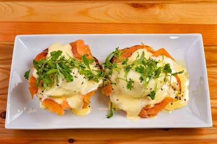 01. Eggs Benedict - Salmon, 1