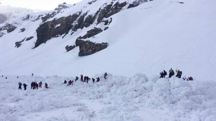 crans montana avalanche