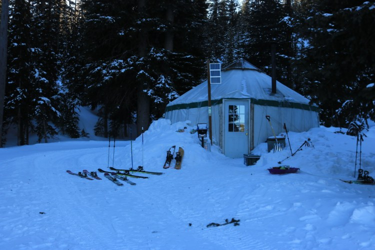 Anthony Lakes Hoffer Yurt view from outside in winter
