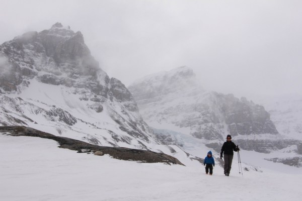 Winter Hiking on the Icefields Parkway