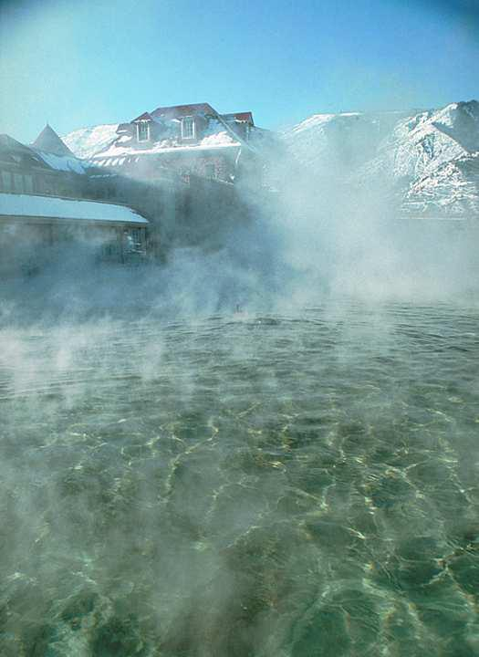 close up of Glenwood Hot Springs water
