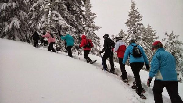hiking-378614_640