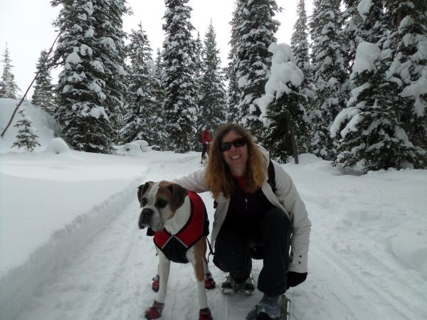 Kathy tries to convince Holly to drag the sled, but to no avail.