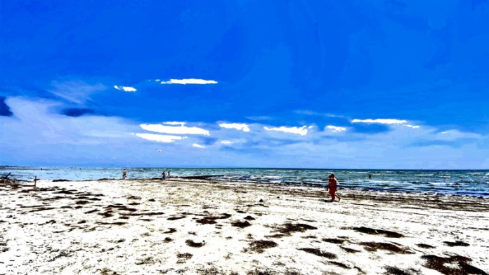 Spiaggia di Grado (Friuli-Venezia-Giulia) chiamata l'isola del Sole , luogo salubre attento alle esigenze dei bambini