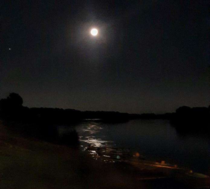 Luna piena - fiume Po