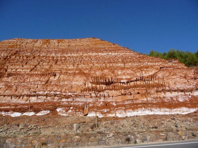 Iglesias - Discarica dei fanghi rossi venutasi a creare a seguito delle attività metallurgiche degli impianti della miniera di Monteponi