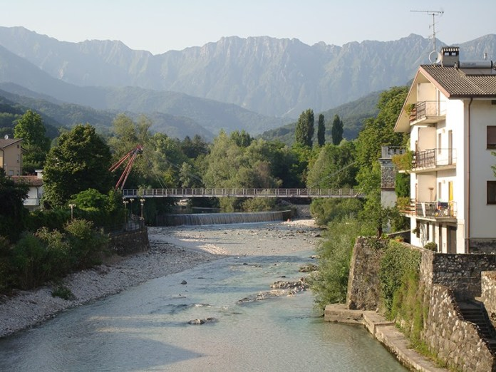 Passerella sul torrente Torre - Tarcento (UD)
