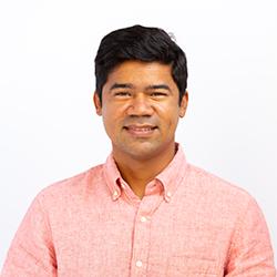 Headshot of Dr. Caio Franca