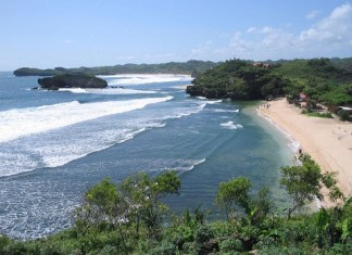 Eksotisme Sejarah Geologi Ala Pantai Sundak Wonosari