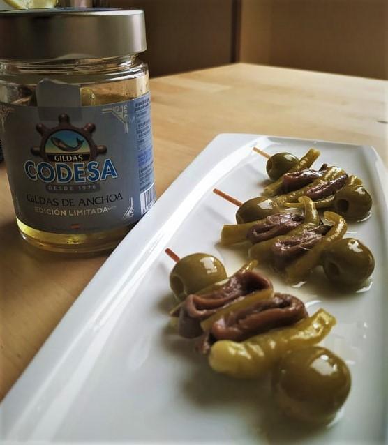 Gildas Doble Anchoa del Cantábrico y vermouth rojo de Jerez