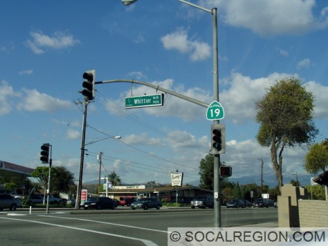 Signage at Whittier Blvd - Jct. SR-72 (Old US 101)
