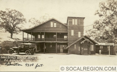 1920's postcard of Sandberg's Hotel.