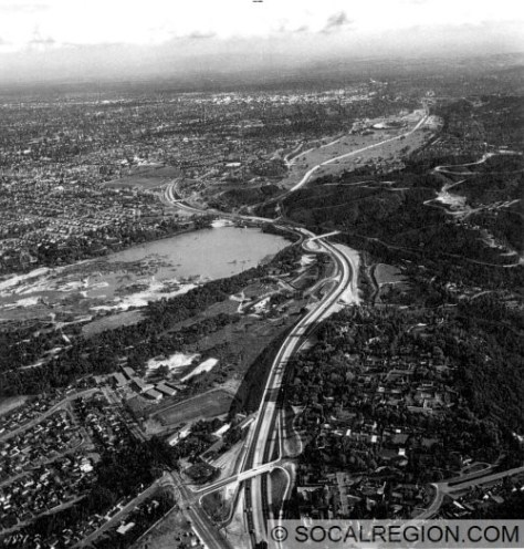 Overview of the freeway looking southeast towards Pasadena from the La Canada area. Interchanges visible from bottom to top - Meadow Grove St/Michigan Avenue, Berkshire Avenue, Linda Vista Avenue/SR-11, and Arroyo Boulevard. Freeway ends at the bottom of the photo at the Foothill Blvd junction.