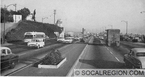 1959 view of the Hollywood Freeway.