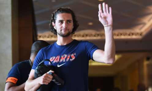 Manchester United Monitoring Adrien Rabiot Ahead of Potential Free Transfer This Summer
