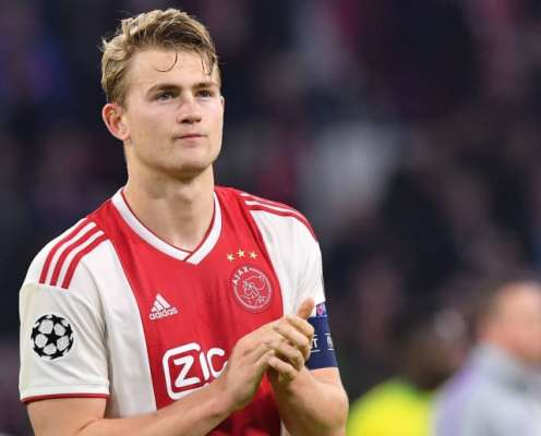 Matthijs de Ligt Confirms Juventus Move After Arriving at Airport in Turin