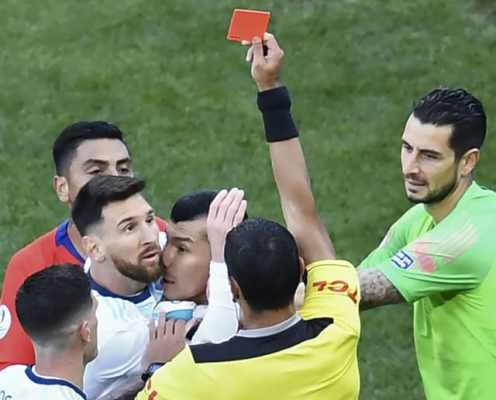 Lionel Messi Slams 'Corrupt' Officials Following Copa America Red Card Against Chile