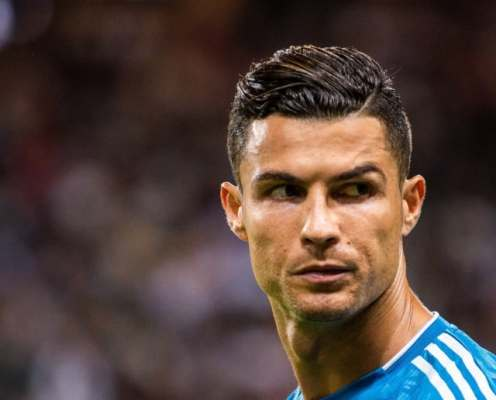 Cristiano Ronaldo Stars in Nightmareish Advert for Asian Shopping Site and No-One Can Explain Why