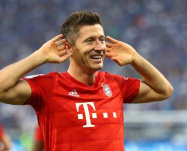 Robert Lewandowski Poised to Sign Long-Term Contract Extension With Bayern Munich